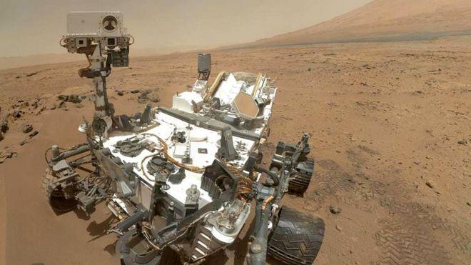 """Такие марсоходы, как """"Кьюриосити"""", собираются в стерильных помещениях, чтобы не занести на Марс земные микробы"""