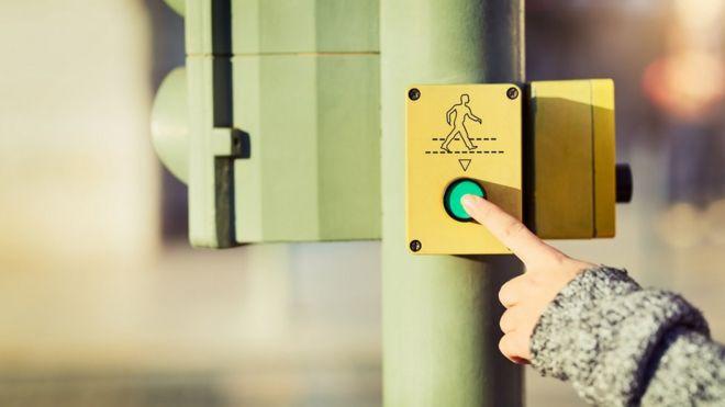 Caos en el aeropuerto de Múnich por culpa de un español: aprieta un botón y cancela 130 vuelos