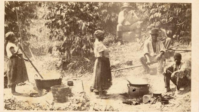 Abolição da escravidão em 1888 foi votada pela elite evitando a ... e7cc69037d5