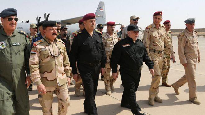 حیدر عبادی در بدو ورود به موصل با فرماندهان نظامی دیدار کرد