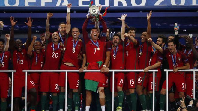 Portugal campeón de la Eurocopa 2016 entre llantos de dolor y ... e838c9ad2e349