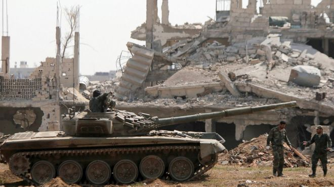 Syrian government forces near Yarmouk refugee camp - 29 April