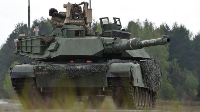 Американский танк на маневрах в Европе
