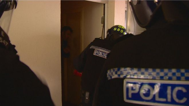 Police and ex-addicts in Edinburgh team up for drugs fight