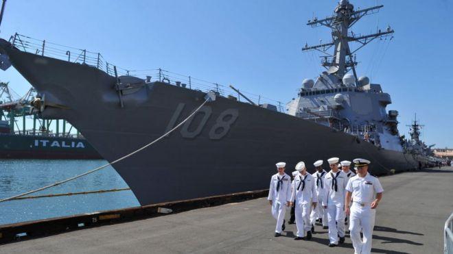 Tàu khu trục mang tên lửa dẫn đường USS Wayne E. Meyer