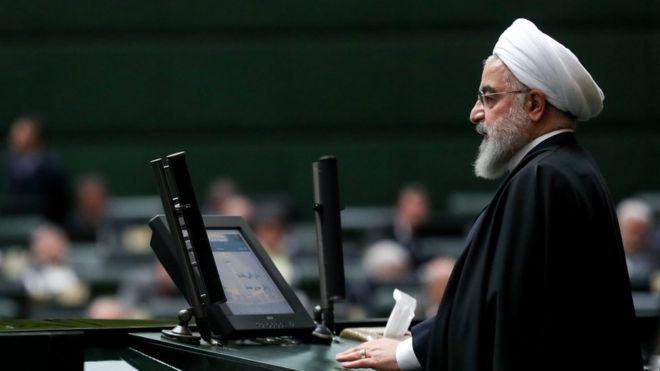 روحانی: به دستور رهبر شبکه ملی اطلاعات را تقویت میکنیم تا از خارج بینیاز شویم
