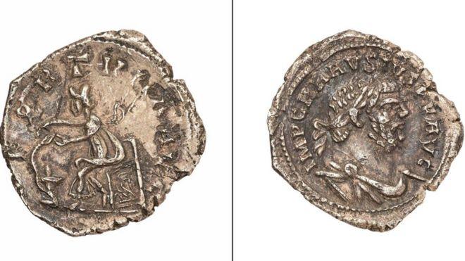 Metal detectorist 'had no idea coin was worth £10k' - BBC News