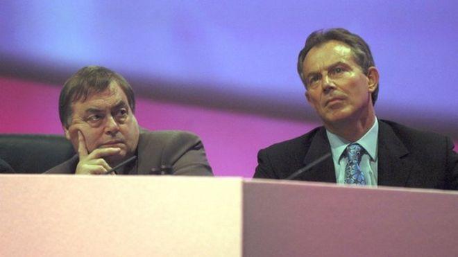 Джон Прескотт (слева) и Тони Блэр (справа)