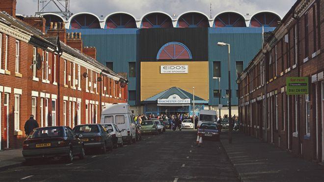 Moss Side  A history of the Manchester neighbourhood - BBC News aaafe760113
