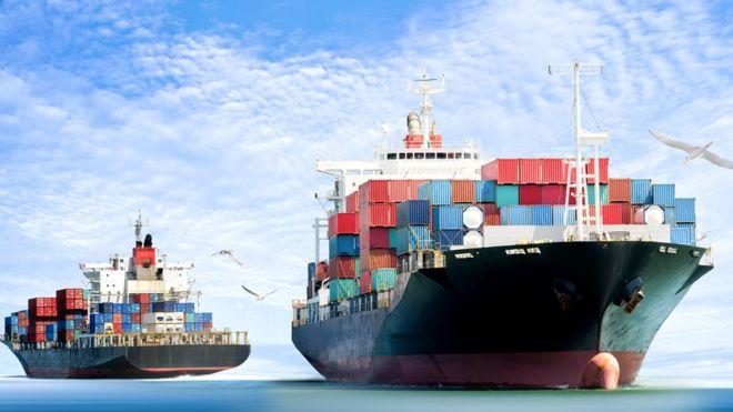 Navio de conteiner