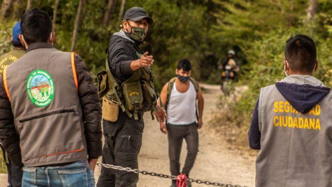 """Perú. Una región que contuvo con éxito la pandemia, con la """"violencia simbólica"""" de sus rondas campesinas"""