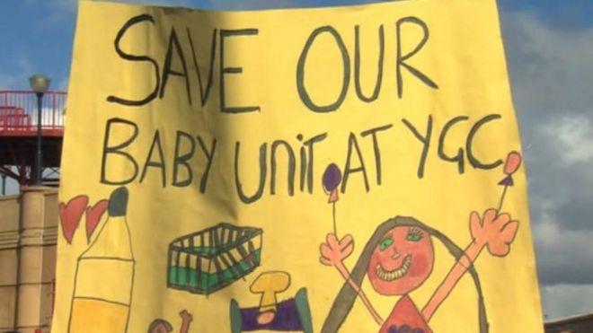 Плакат протеста по охране материнства
