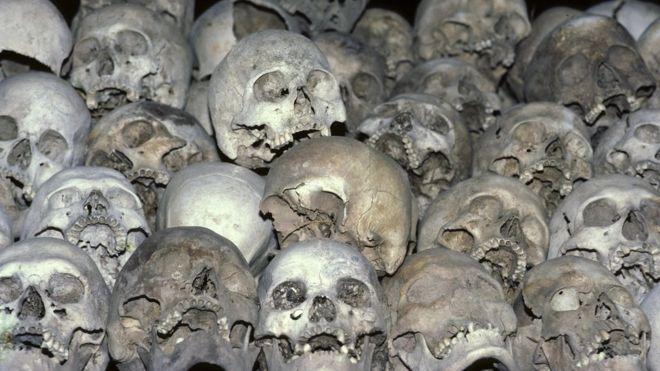 Los Terribles Crimenes Cometidos Por Los Jemeres Rojos Por