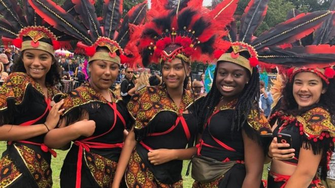 crowds flock to leeds west indian carnival bbc news