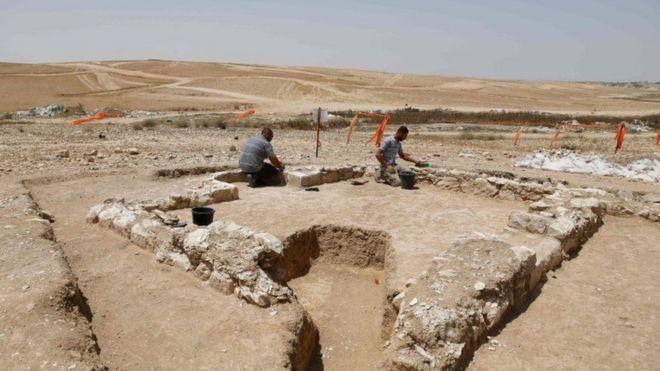 باستانشناسان، مسجد ۱۲۰۰ ساله در صحرای نقب کشف کردند