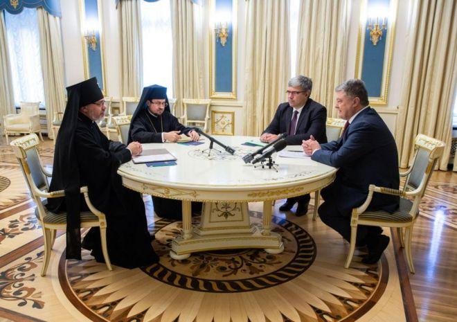 Організаційно-правовими питаннями підготовки Об'єднавчого собору будуть займатися надіслані Константинополем патріарші екзархи