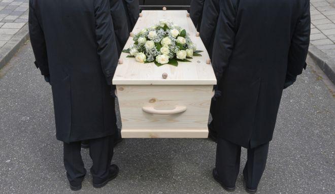 Носители гробов