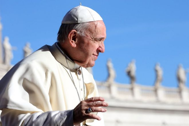 Pope Francis waves to the faithful as he arrives in St, Peter's square for his weekly audience on September 26, 2018 in Vatican City, Vatican. In a 'Message to Catholics of China and to the Universal Church,' Pope Francis explains the reasons for signing the Provisional Agreement with the PeopleÕs Republic of China: to promote the proclamation of the Gospel, and to establish unity in the Catholic community in China. (Photo by Franco Origlia/Getty Images)