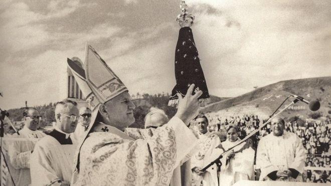 Resultado de imagem para santos brasileiros APARECIDA