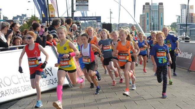 Great North Run 2019 build-up attracts thousands - BBC News