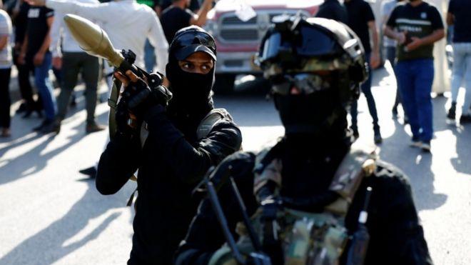 مسلحون من الحشد الشعبي في العراق.