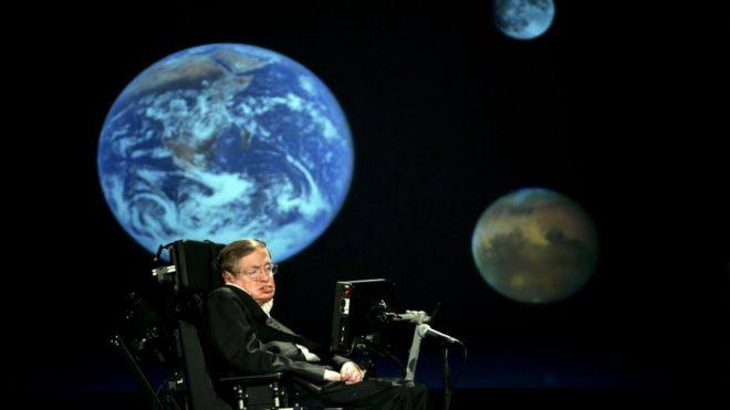 Stephen Hawking gives a talk at a university