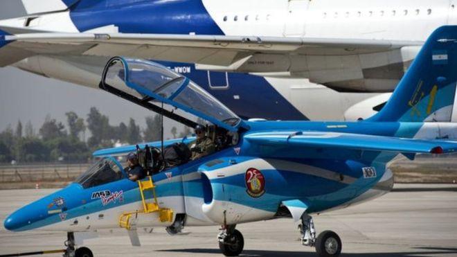 A fábrica argentina que projetou alguns dos mais modernos aviões de guerra do mundo – e hoje está na berlinda