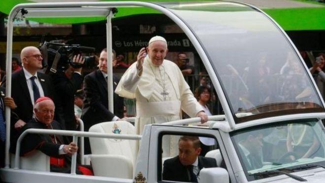 Papa Francis akiwa ziarani nchini Chile,Amerika ya kusini.