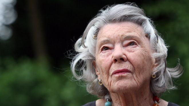 Rosamunde Pilcher Author Of The Shell Seekers Dies At 94 Bbc News