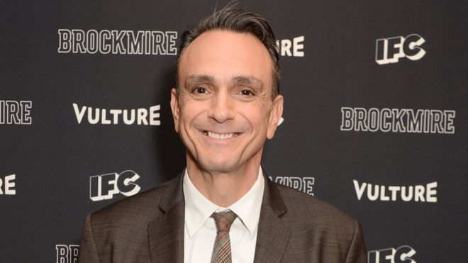 hank azaria voices simpsons list