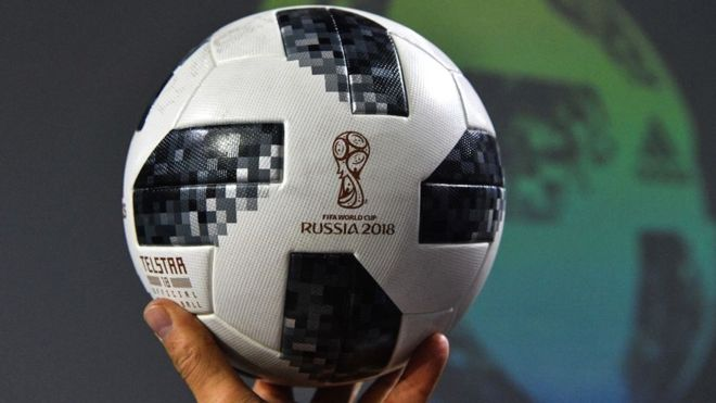 d6093a305bd44 Telstar 18  cómo es la innovadora pelota del Mundial de Rusia 2018 y ...