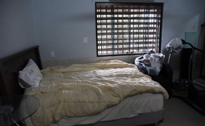 """View of Brazilian drug trafficker Jarvis Chimenes Pavao""""s cell at Tacumbu prison in Asuncion on July 28, 2016"""
