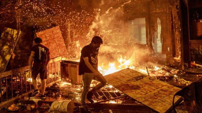 EEUU registra los peores disturbios desde la muerte de Martin Luther King