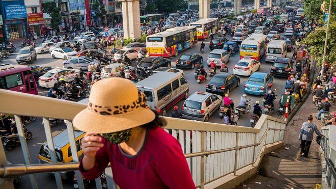 Giải pháp nào cho tình trạng ô nhiễm không khí đang ngày càng nghiêm trọng ở Hà Nội