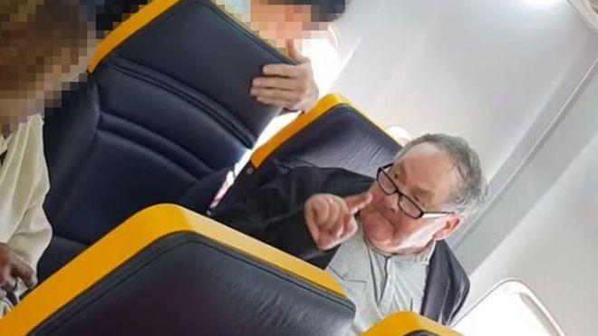 El hombre del incidente en el vuelo de Ryanair