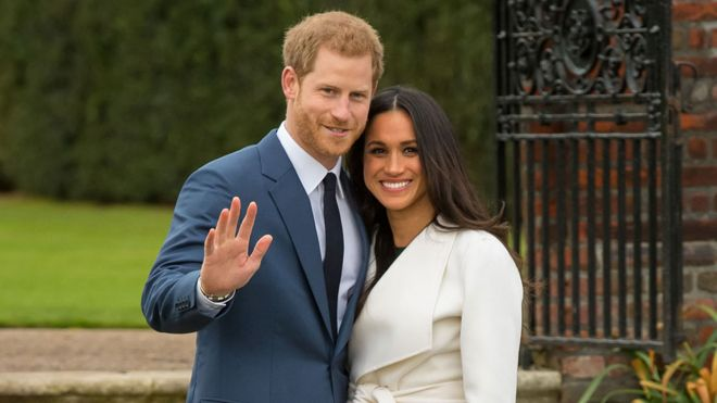 8b6ef3b6de Meghan Markle  Who could design the dress for the next royal wedding ...