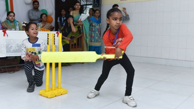 Cricket is tackling sexism in India's schools - BBC News