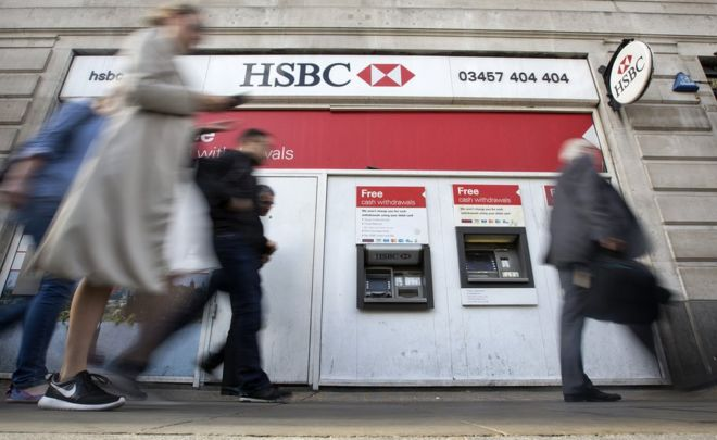 HSBC closes a quarter of branches, as 1,000 banks shut for good