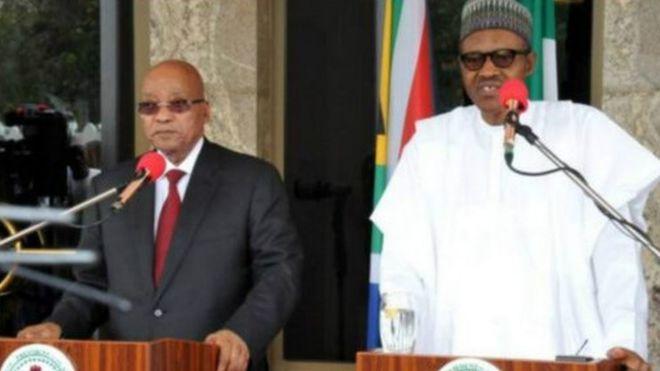 Jacob Zuma (à gauche) et Muhammadu Buhari, les présidents des deux premières économiques africaines