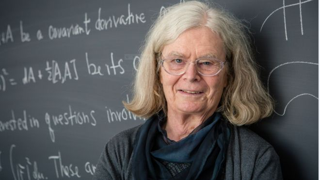 تحقیق در زمینه ریاضیات حباب برنده یک جایزه مهم شد / پالاب گش خبرنگار علمی بی بی سی