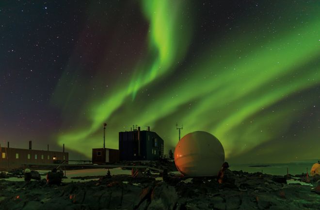 Aurora Australis отснятое со станции Дэвис, Антарктида, 29 марта 2017