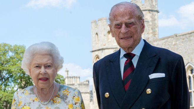 Фото Елизаветы II и принца Филиппа