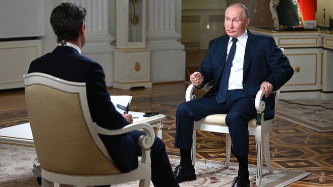 Во время интервью Путина Киру Симмонсу