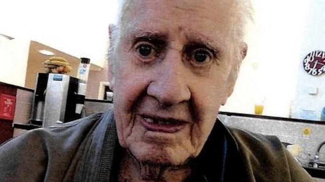 WW2 veteran's funeral plea sparks 'huge response' - BBC News