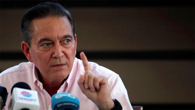 """Laurentino """"Nito"""" Cortizo, a quien el Tribunal Electoral panameño declaró """"virtual ganador"""" de las elecciones del domingo"""