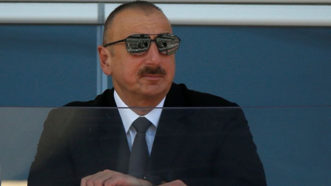 """Азербайджан: прощание с """"ландроматом"""" или имитация реформ?"""