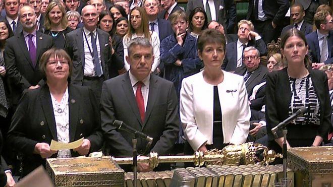 حمایت نمایندگان پارلمان بریتانیا از رای گیری در مورد طرحهای جایگزین برگزیت