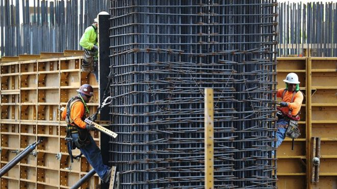 US wage growth hits nine-year high - BBC News