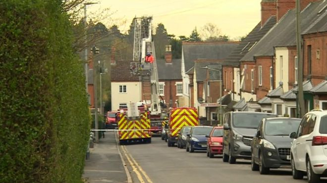 Kirby Muxloe house fire caused by fuse box fault - BBC News on