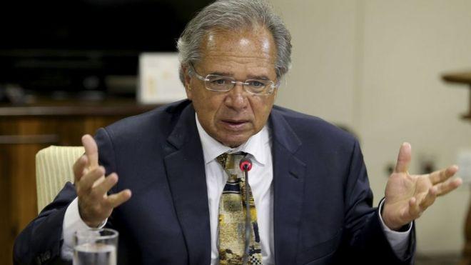 Paulo Guedes em encontro com a Frente Nacional de Prefeitos em 30 de janeiro de 2019